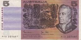 (B0266) AUSTRALIA, 1983 (ND). 5 Dollars. P-44d. VF - 1974-94 Australia Reserve Bank (paper Notes)