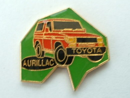 Pin´s TOYOTA AURILLAC - Toyota