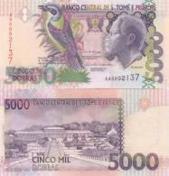 ST. THOMAS AND PRINCE 5000 DOBRAS 2004 P-65 UNC LOOK - Sao Tome And Principe