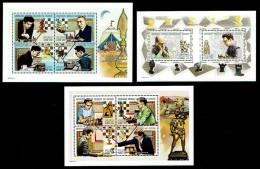 Schach Chess Ajedrez échecs - Komoren Comoro Comores 1999 - MiNr 1757/1766 2 Kleinbogen 1 Block