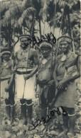 Iles SALOMON :  Dans Le Village De Bougainville : Reclame Médicin Alcasédine : Format 18 X 10.5 Cm  :  1955 - 2 Scans - Salomon