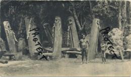 Nouvelles Hérrides :  Dans Le Village De Bougainville : Reclame Médicin Alcasédine : Format 18 X 10.5 Cm :1955 - 2 Scans - Cartes Postales