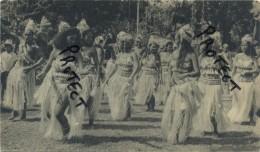 Tahiti  :  Dans Le Village De Bougainville : Reclame Médicin Alcasédine : Format 18 X 10.5 Cm :1955 - 2 Scans - Cartes Postales
