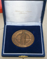 ITALIA 2010 - MEDAGLIONE BRONZO DEL 14° CENTENARIO DELLA MADONNA DEI BISOGNOSI - Personaggi