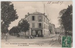 SAINT MAUR DES FOSSES (94) - AVENUE DESGENETTES ET RUE BOBILLOT - DEVANTURE DE MAGASIN DE VENTE DE CARTES POSTALES - Saint Maur Des Fosses