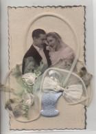 Carte De Mariage: Photo Découpée Avec Panier En Tissus - Marriages