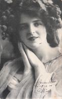 Femme Portrait (1906, Fruits Dans Les Cheveux ?) - Femmes