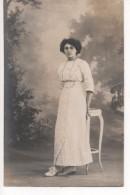 MARSEILLE -  CARTE PHOTO De La COMPAGNIE FRANCO BELGE à MARSEILLE -  JEUNE FEMME - Geïdentificeerde Personen
