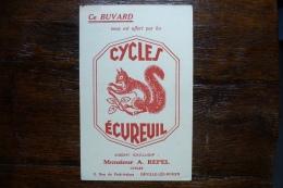 CYCLES ECUREUIL DEVILLE LES ROUEN - Bikes & Mopeds
