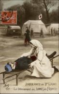 MILITARIA - Guerre 14-18 - Croix Rouge - Infirmière - Ambulance - Croix-Rouge