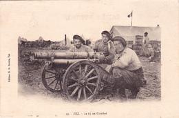 CPA MAROC FEZ Le 65 Au Combat Canon Cannon Gun Militaria Militaire Soldats - Matériel