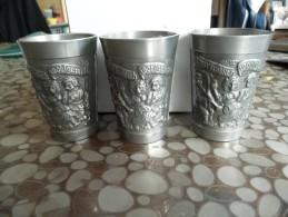 Lot De 3 Étains Relief Gravé Des Scènes Vintage D'Allemagne, Coupe Du Métal Vintage, Rein Zinn BMF - Etains