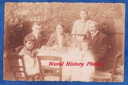 CPA Photo - ZWEIBRUCKEN - Portrait Famille Avec Gateau Sur La Table - 1921 - Homme Femme Enfant Garçon Fille Family Cake - Zweibruecken