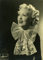 Actrice Chanteuse Jeanne Aubert Portrait Dedicace Ancienne Photo Studio Harcourt 1937 - Fotos Dedicadas
