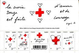 France Bf 2015**  La Croix-Rouge Est Faite D´amour Et De Courage