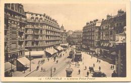 GRENOBLE - L'Avenue Félix-Poulat