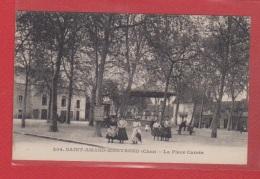 St Amand Montrond --  La Place Carrée - Saint-Amand-Montrond