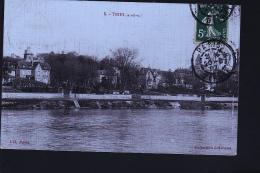 TRIEL SUR SEINE CP TOILEE - Triel Sur Seine