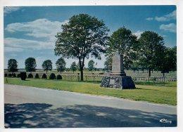 REF 268  : CPSM Camp De SUIPPES Le Cimetière Militaire - France