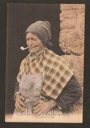 Fumeuse De Pipe - COUTUMES , MOEURS Et Costumes Bretons - Femme Fumant La Pipe ( PUB Shampooing RUMIHUM )