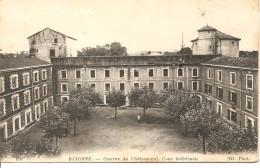 BAYONNE - Caserne Du Château Neuf, Cour Intérieure - ND 185 - écrite En 1916 - Tbe - Bayonne