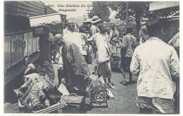 Cpa Ouganda - Une Station Du Chemin De Fer     ((S.649)) - Ouganda