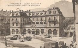 Grenoble, La Place Vaucanson, L'Hôtel Des Postes.