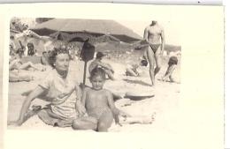 """LES SABLETTES 15/8/1950  HENRI PHOTO  STAND """"BAR REGINA""""  7x5cm - Lieux"""