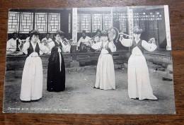 "Carte Postale Ancienne : COREE, KOREA : Dancing Girls Called "" Klisan"" In Chosen - Corée Du Sud"