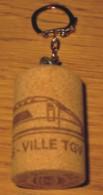 Porte-clés TGV Reims-Ville Bouchon à Champagne Reims 10 Juin 2007 - 4.8 X 3 Cm - Schlüsselanhänger