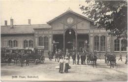 THUN - Bahnhof. Belle Animation, CPA Ayant Circulé En 1907. TBE. - BE Bern