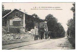 CPA 94 CHENNEVIERES SUR MARNE Hotellerie De L'Ecu De France Et Rue De Champigny - Chennevieres Sur Marne