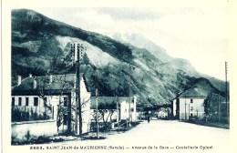 CPA 73 SAINT JEAN DE MAURIENNE - Avenue De La Gare - Coutellerie Opinel