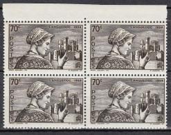 FRANCE YT 448 ** BLOC DE 4 - 1939-44 Iris