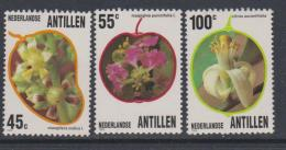 Antilles Néerlandaises N° 684 / 86  XX  Flore : Fleurs Des Antilles,  Les 3 Valeurs  Sans Charnière, TB