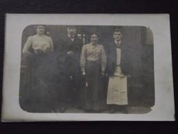 RESTAURANT - Patron, Serveurs - Vers 1910 - Carte-photo - Lieu Non Précisé - Non Voyagée - A Voir ! - Restaurants