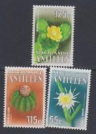 Antilles Néerlandaises N° 838 / 40  XX  Flore : Fleurs De Cactus,  Les 3 Valeurs  Sans Charnière, TB