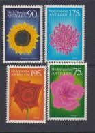 Antilles Néerlandaises N° 944 / 47  XX  Flore : Fleurs ,  Les 3 Valeurs  Sans Charnière, TB