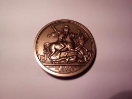 MEDAILLE EN BRONZE BATAILLE DE LA MOSSKOWA ParJeuffroy 1812 COLLECTION IMPERIALE Du CLUB FRANCAIS DE LA MONNAIE DE PARIS - Royal / Of Nobility