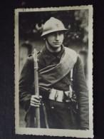 SOLDAT CASQUE BELGE - Carte-photo - Vers 1940 - Non Voyagée