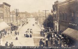 Clinton - Depot Street (photo Card) - Etats-Unis