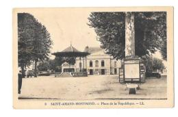 (11252-18) Saint Amand Montrond - Place De La République - Saint-Amand-Montrond