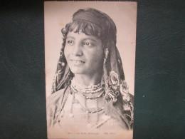 LA BELLE MABROUKA - Cartes Postales