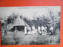 AFRIQUE EQUATORIALE . UNE FAMILLE CHRETIENNE L OUGANDA - Oeganda