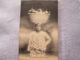 MARTINIQUE . MARCHANDE D ORANGES - Cartes Postales
