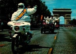 TOUR DE FRANCE..L´ARRIVEE DU BIBENDUM MICHELIN   . ...CPM ANIMEE - Ciclismo