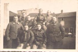 Photo D'un Groupe De Militaires - Guerre, Militaire