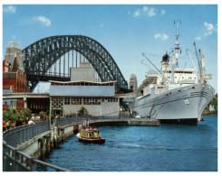 (9000) Australia - NSW - Sydney Harbour Bridge And Cruise Ship Galileo Galilei - Steamers