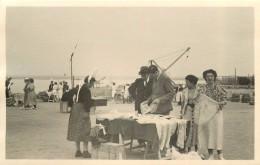 LE CROISIC (loire Atlantique) - Marchande De Broderies Dentelles En 1938; Photo Format 13,5x8,7cm. - Lieux
