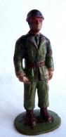 Figurine Guilbert ARMEE MODERNE SOLDAT PARACHUTISTE 1 60's Pas Starlux Clairet Cyrnos, - Starlux
